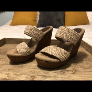 Sbicca Wedge sandals/slip-ons